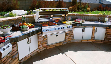 Outdoor Kitchen Equipment and Outdoor Appliances